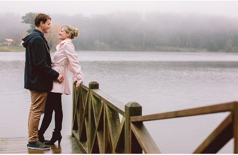 Simone & Brad | Couple Shoot | Pier off Daylesford Lake