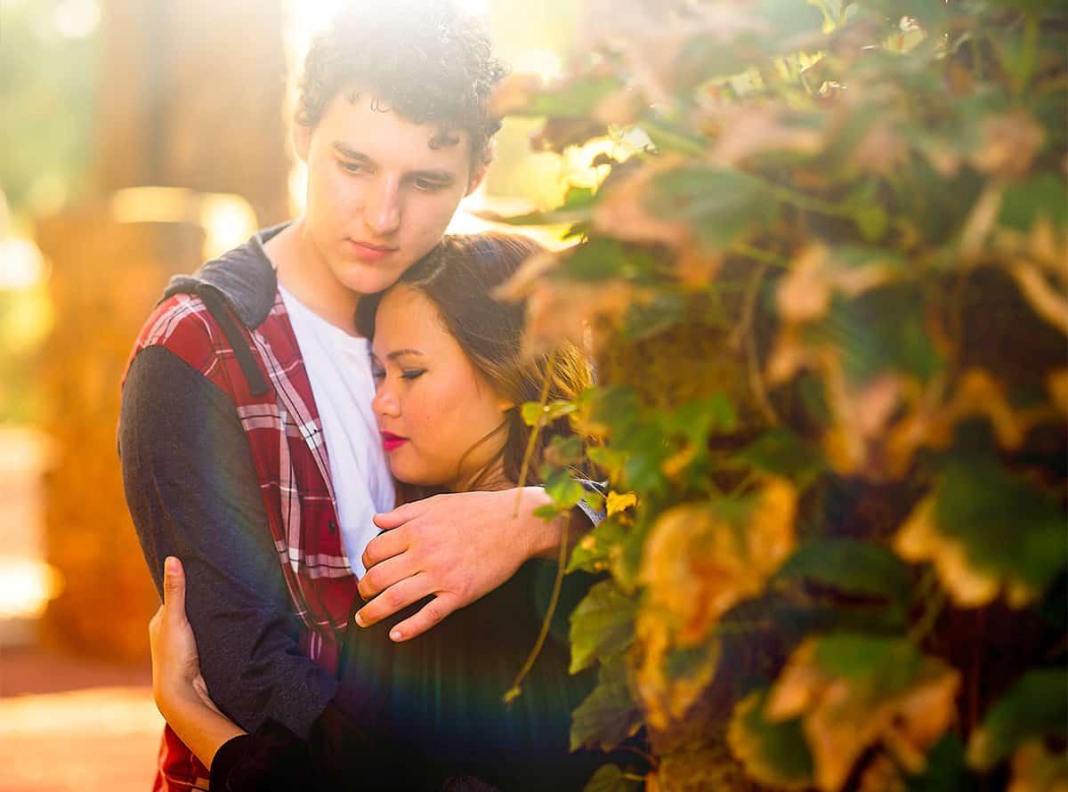 Autumn Engagement Photoshoot in City of Ballarat Gardens