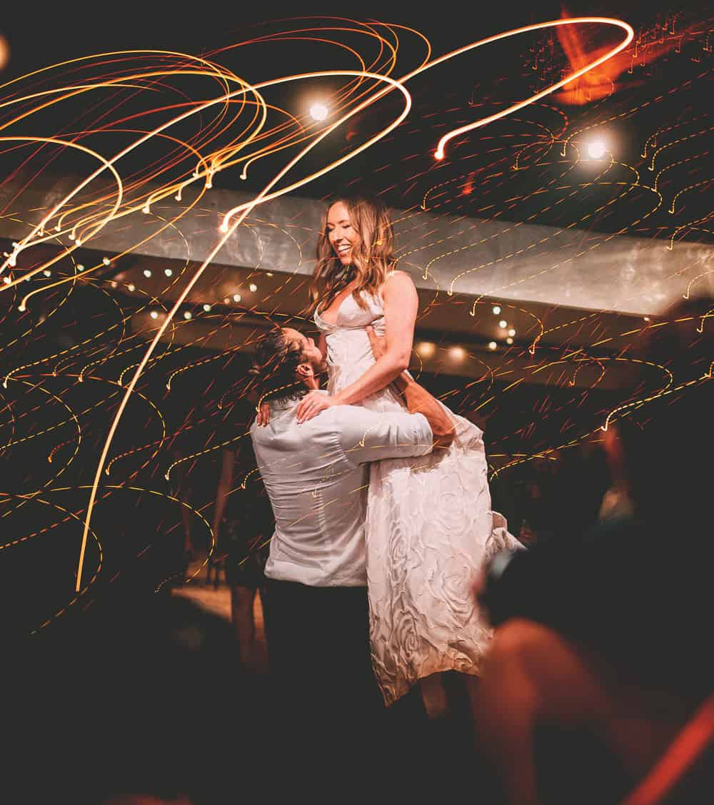 Bride and Groom Dance, Cool lights - Mansfield Victoria